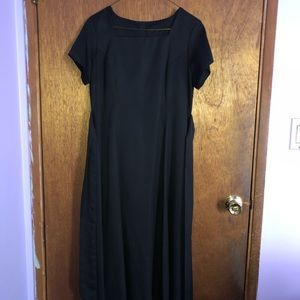 Dresses & Skirts - Long Black Orchestra Dress